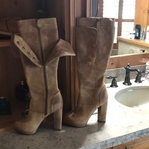 For sale. Vera Wang leather boots light brown.